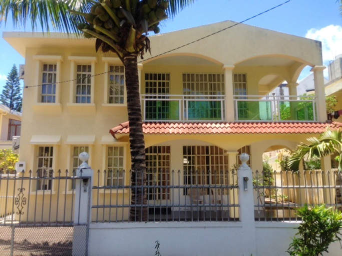 Apartment With 2 Bedrooms in Trou aux Biches, With Enclosed Garden and Wifi - 800 m From the Beach,
