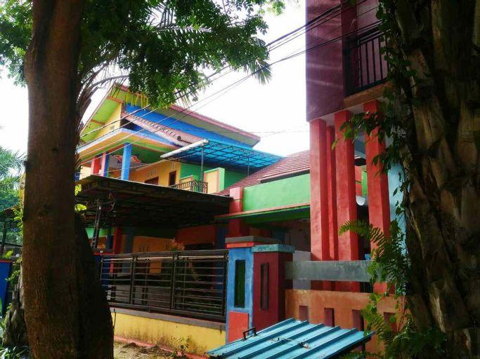 Griya Sandi Homestay dan Dormitory, Banyuwangi
