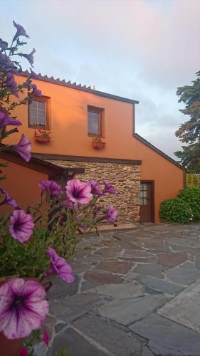 Casa dos Nenos, Lugo