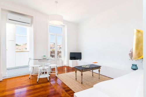 Central Apartment with Great Views and Aircon, Lisboa
