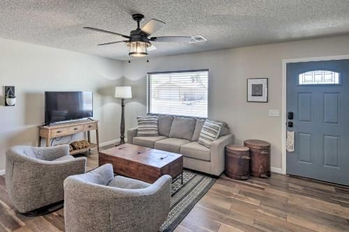 Updated Home with Patio, 5 Mins to Lake Havasu!, Mohave
