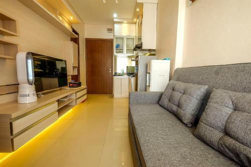 Modern Apartment 2 BR Northland Ancol Residence Near Ancol By Travelio, North Jakarta