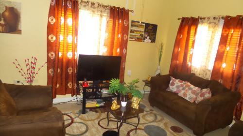 Morgan' s Two Bedroom Retreat,