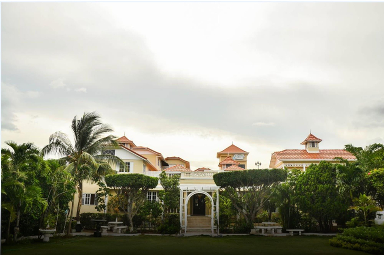 Eden Gardens Wellness Resort & Spa,