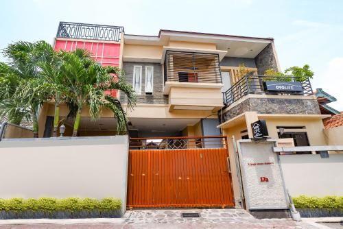 OYO Life 2812 Hommy Boarding House, Semarang