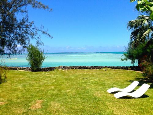 #4 Beach Villa Bliss by Tahiti Villas,