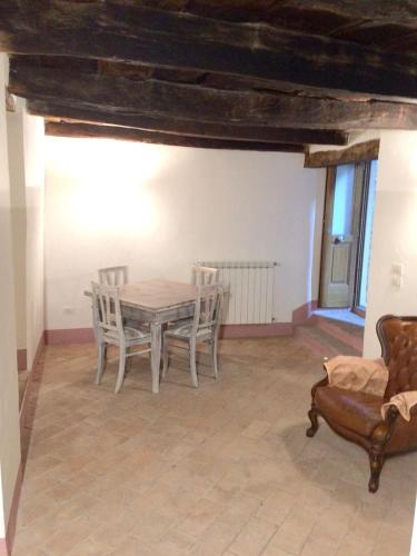 House with one bedroom in Stroncone with wonderful city view, Terni