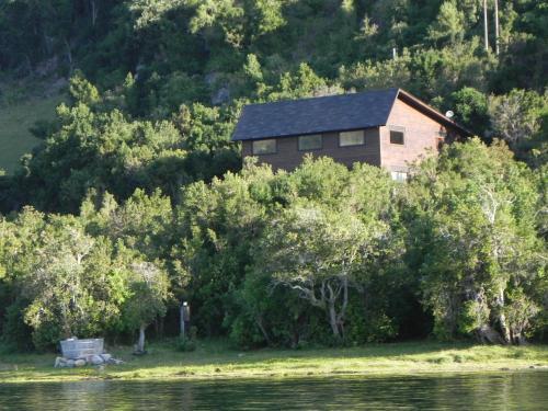 Casa a Orilla del Lago Ranco, a 10km de Futrono, Ranco