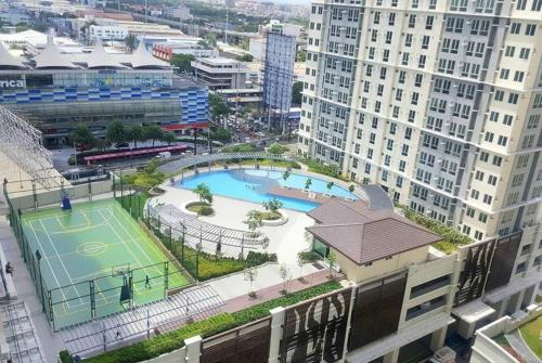 CenturySKY at San Lorenzo Place, Makati City