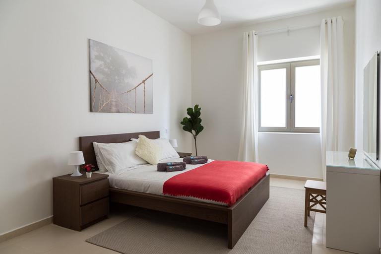 Beautiful apartment in Burj Al Nahda,