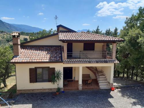 Casa le 3 Querce, Avellino