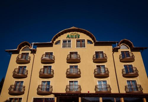 Hotel Aries, Nucet
