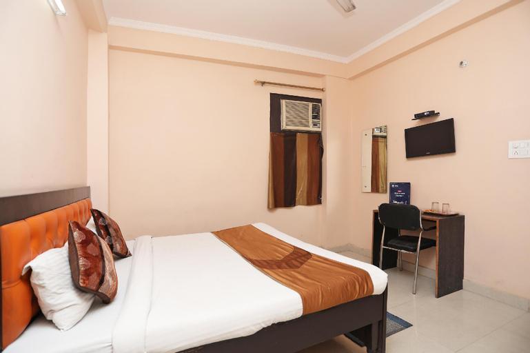 OYO 9073 RN 32, Gautam Buddha Nagar