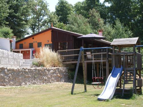 Detached house with a large porch, playground and pool, Tábua