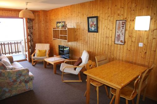 Iris CONFORTABLE & PLEASANT apartments, Sion