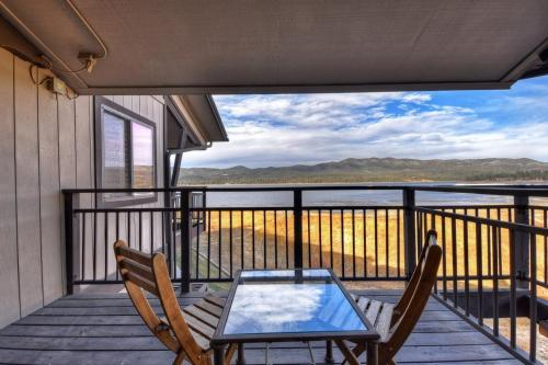 029 Lakefront Luxury Home, San Bernardino