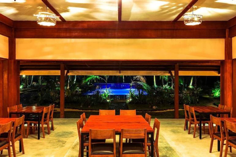Retreat Siargao Resort, General Luna