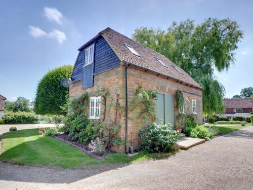 Vintage Holiday Home in Leigh with Swimming Pool, Kent