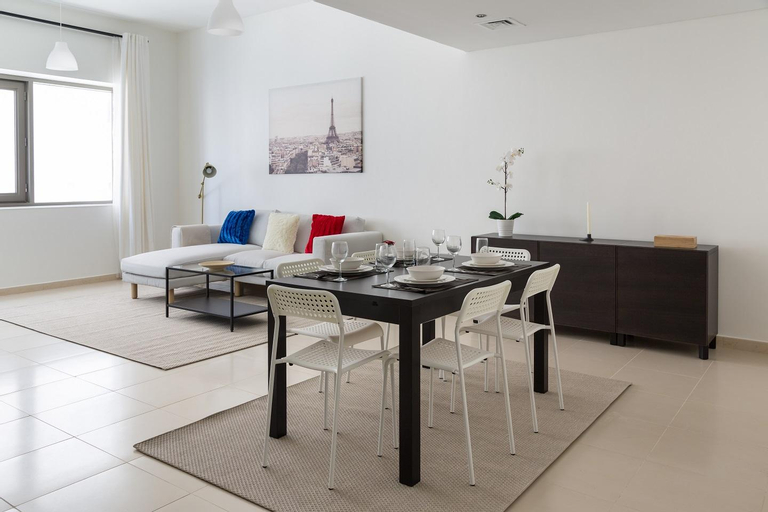 Super stylish 1 bedroom apartment in Burj Al Nahda,