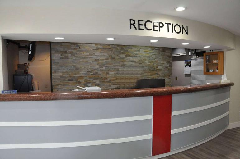 Abbotsford Hotel, Fraser Valley