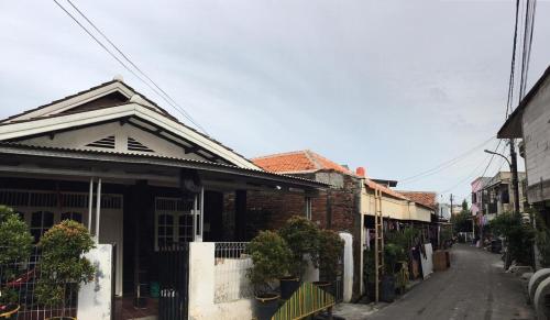 OYO Life 2877 Gardenia Residence 2 Duri Kosambi, West Jakarta
