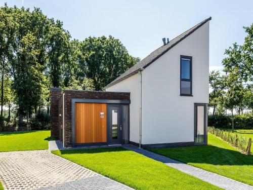Luxurious wellness villa with a fireplace in Limburg, Roggel en Neer