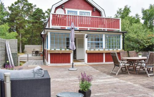 Four-Bedroom Holiday Home in Hollviken, Vellinge