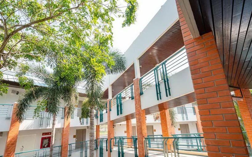 ECO HOTEL by Thammasat, Bang Lamung
