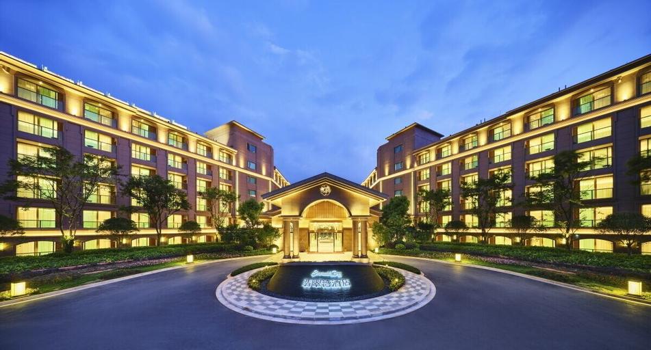 Emerald Bay Hotel Fuxian Lake, Yuxi