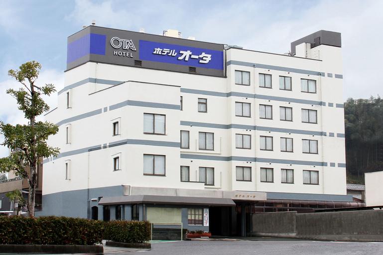 Hotel Ota, Ōzu