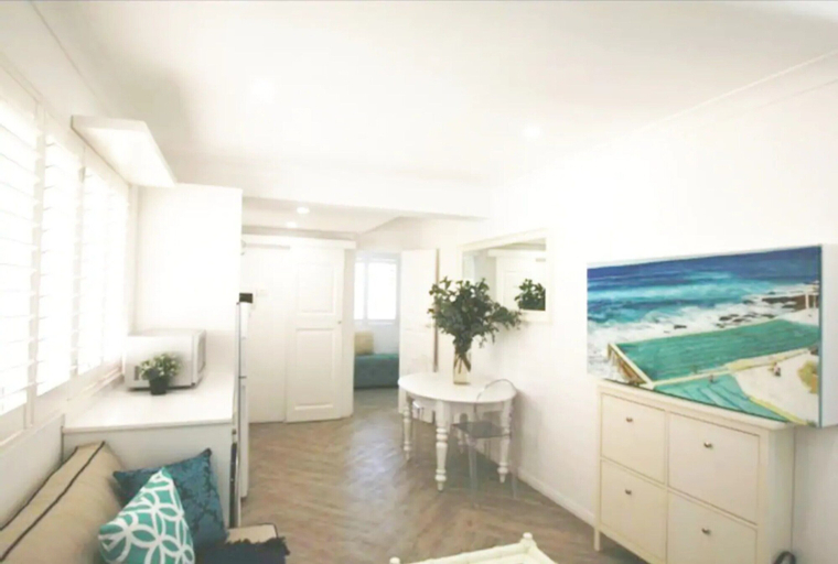 Freshly Renovated Apartment in the Heart of Bondi, Waverley