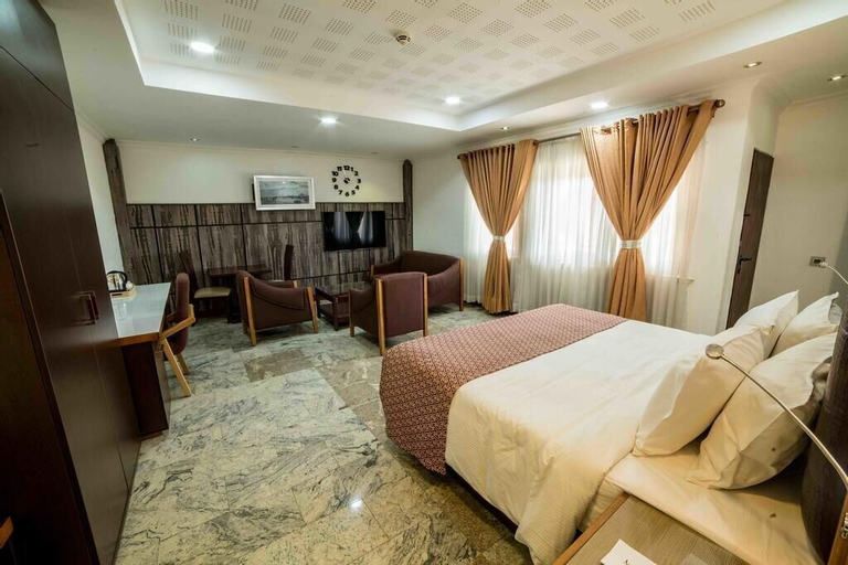 Davok Suites Uyo, Uyo