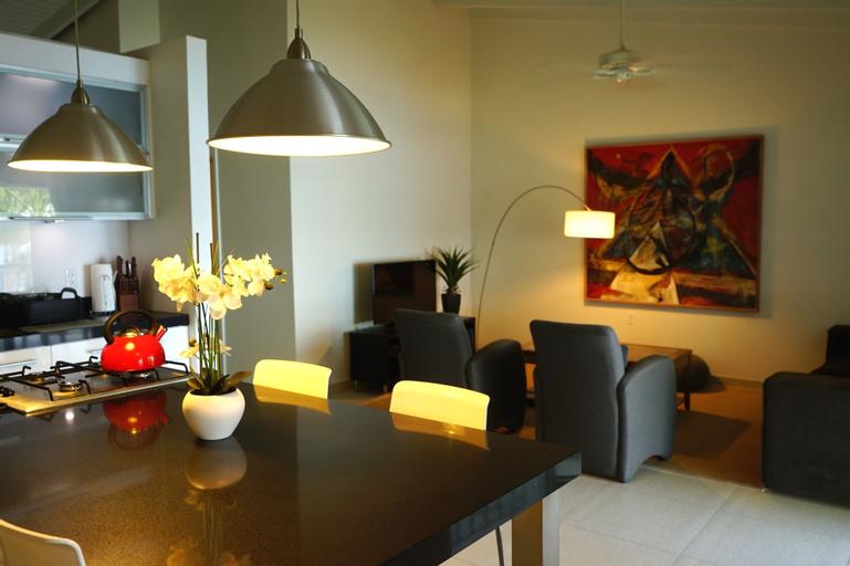 Lagoon Marina Apartments,