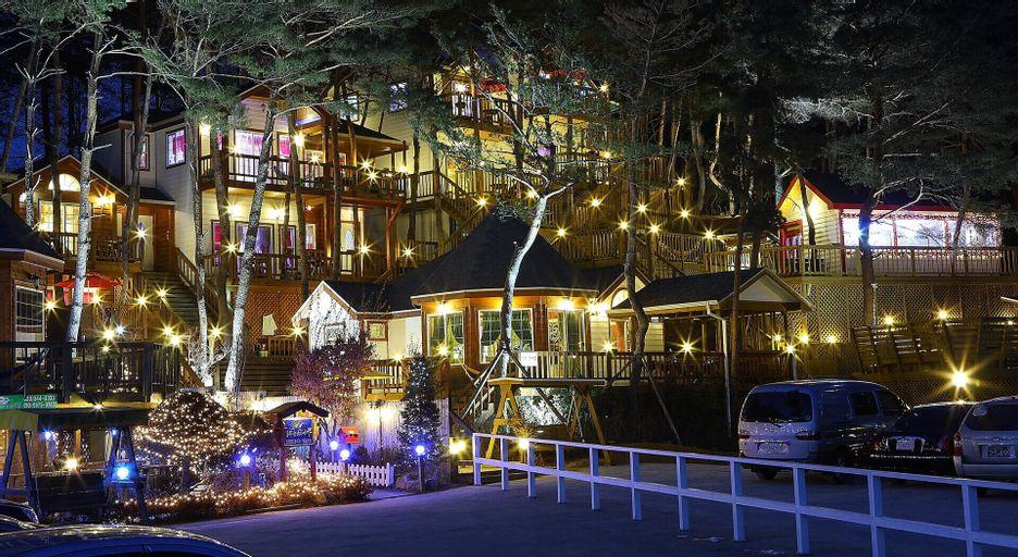 Loverstar in forest Pension, Hoengseong