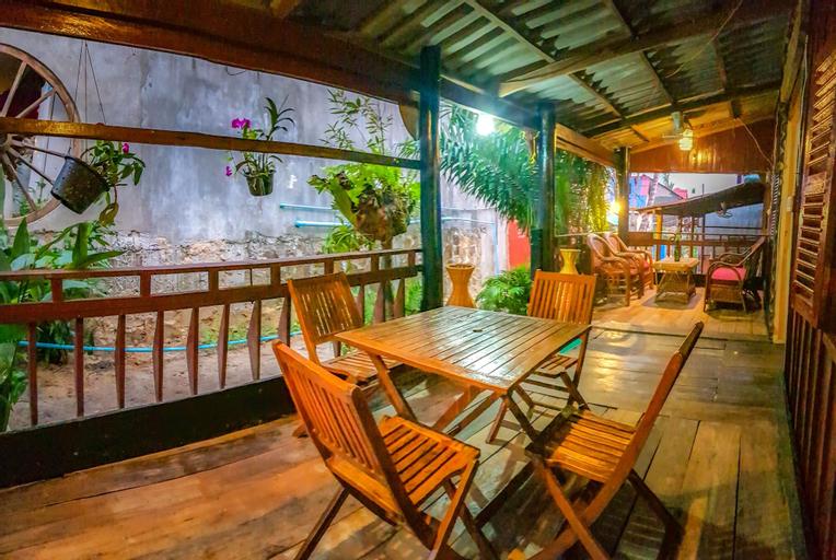 Cambodia Guesthouse, Botum Sakor