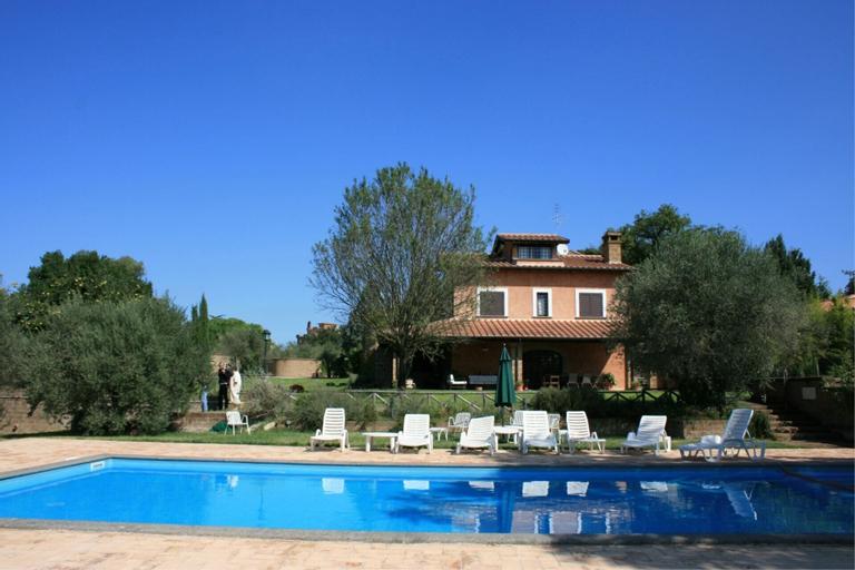 Villa Iris, Viterbo