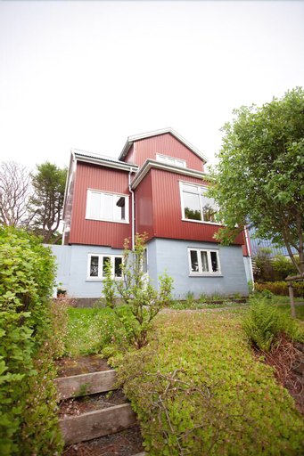 3 Storey 5 Bedroom, 3 Bathroom House in the Center of Tórshavn, Tórshavn
