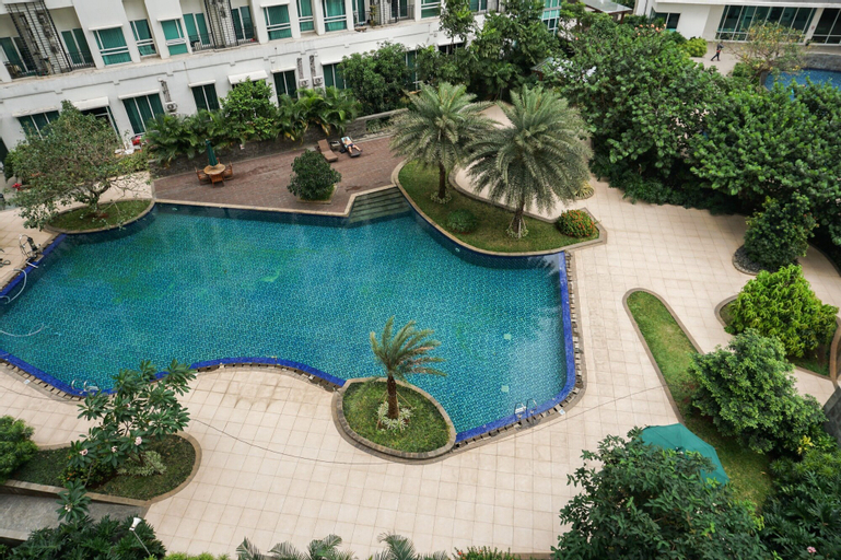 2BR Apartment with Sofa Bed at Woodland Park Residence By Travelio, South Jakarta