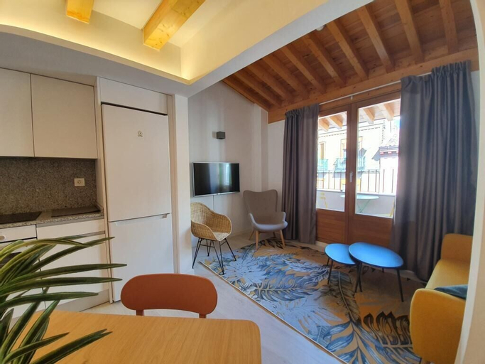 Dos Torres Pilar Suites, Zaragoza