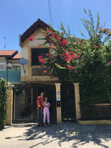 Chona and Christophe Guesthouse - Cavite, General Trias