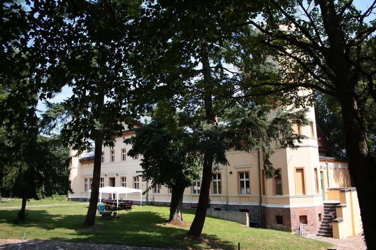 Pałac Kursko, Międzyrzecz