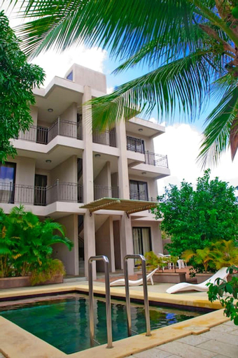Apartment With 2 Bedrooms in Mon Choisy, Grand Baie, With Shared Pool, Terrace and Wifi,