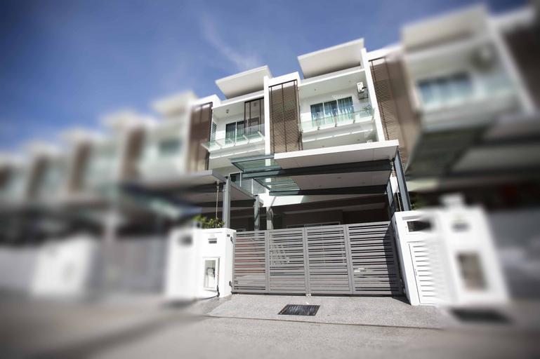 56 Residence, Pulau Penang