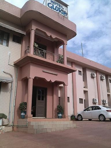 Hôtel Gloria, Gôh
