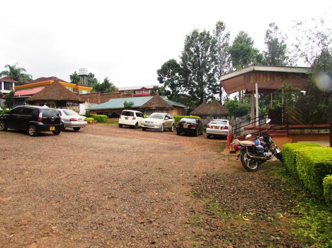 Embonga Dream City Resort, Kitutu Chache South