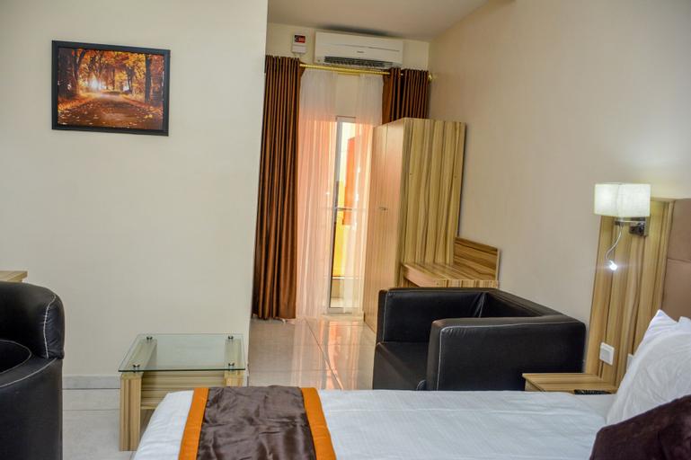 Bedouin Hotel & Suites, Uvwie