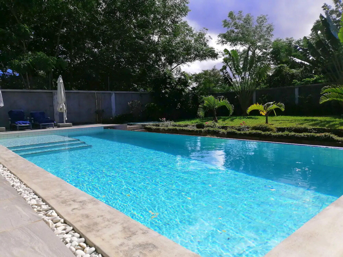 Apartment With 2 Bedrooms in Balaclava, With Shared Pool, Enclosed Garden and Wifi,
