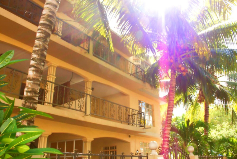 Apartment With 3 Bedrooms in Trou-aux-biches, With Shared Pool, Furnished Balcony and Wifi - 1 km From the Beach,