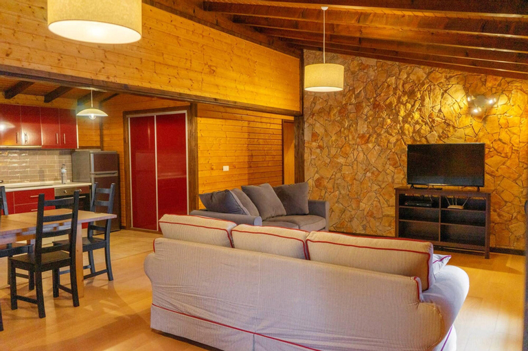 Chalet With 3 Bedrooms in Branca - Albergaria-a-velha, With Shared Pool, Furnished Balcony and Wifi, Albergaria-a-Velha