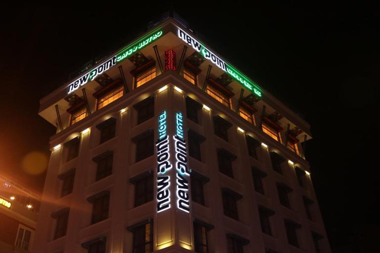 New Point Hotel, Merkez